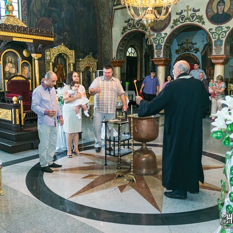 Фотозаснемане на кръщене Пловдив