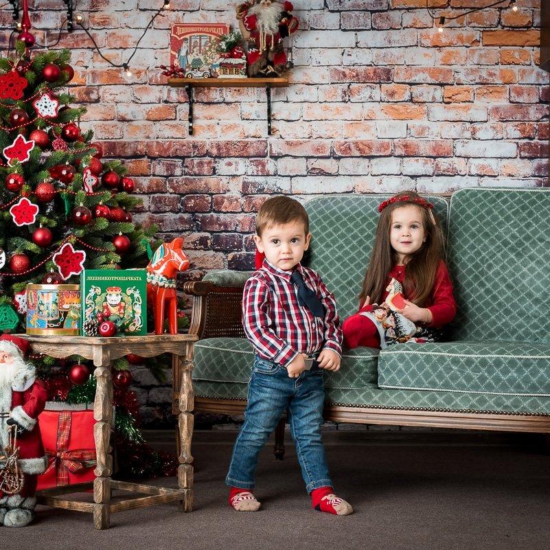 Коледна фотосесия на Божидара и Стефан