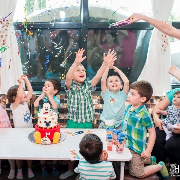 Фотозаснемане на рожден ден в парти център
