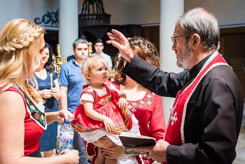 Оферта за фотозаснемане на кръщене в Пловдив и региона