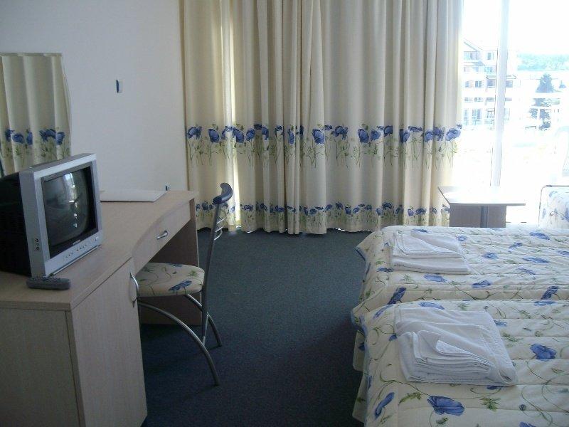 снимки хотел десислава между равда и несебър