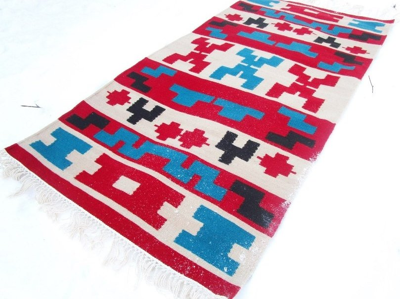 Котленски килими | Изтъкани ръчно килими и пътеки