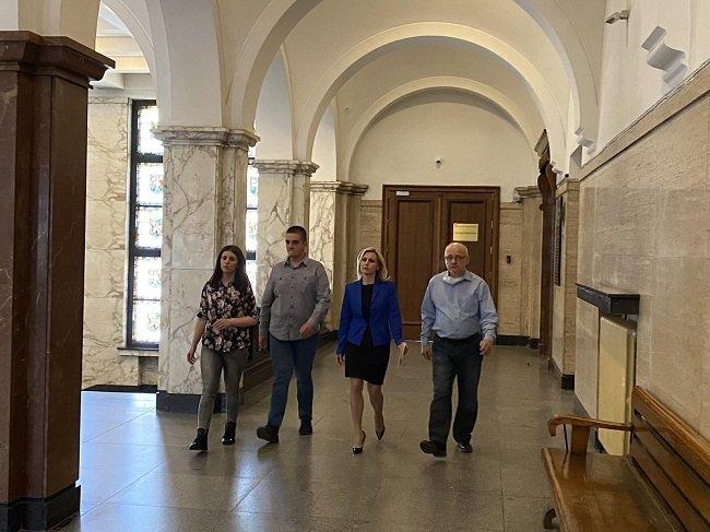 Главният прокурор Иван Гешев се срещна с близки на пострадала жена при ПТП в Самоков