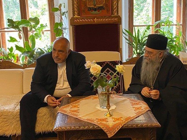 Премиерът Борисов: Правителството ще отпусне 600 000 лева на Рилския манастир