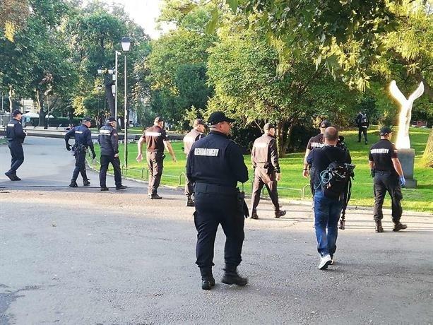 Екипи на СДВР предприемат мерки за опазване на реда в столицата по време на протеста днес