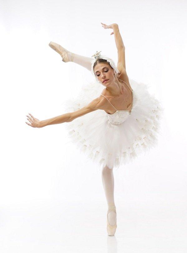 Мартина Префетто-новият лебед на Старозагорския балет