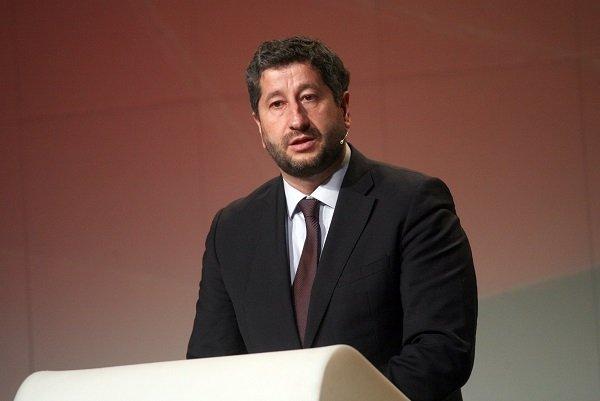 """Христо Иванов: """"Няма никаква форма на координиране между нас с ДПС и никога не е имало!"""""""