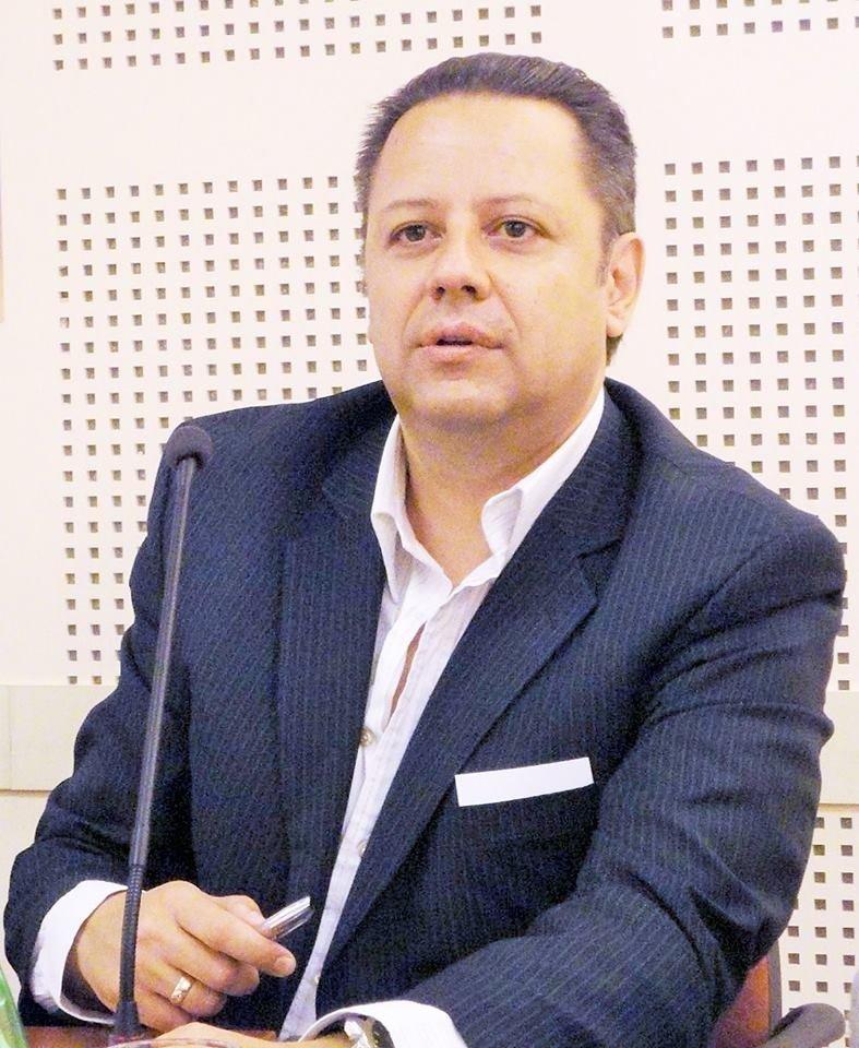ИВАН ВЪРБАНОВ, журналист