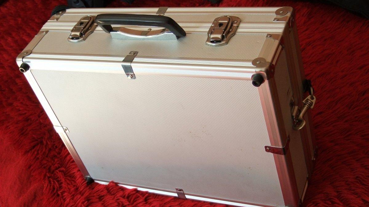 Фотографски куфари и раници