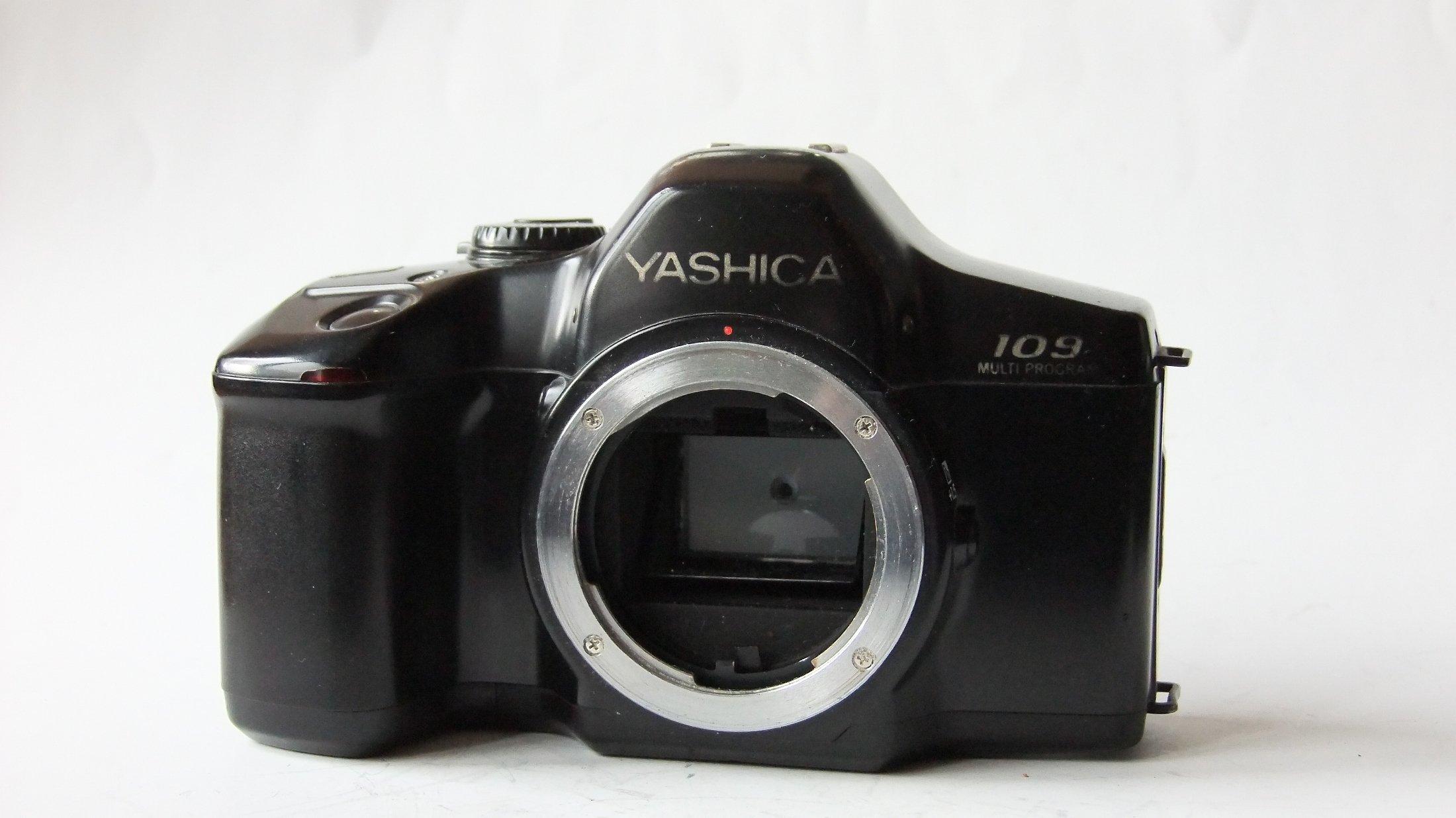 Contax/Yashica байонет